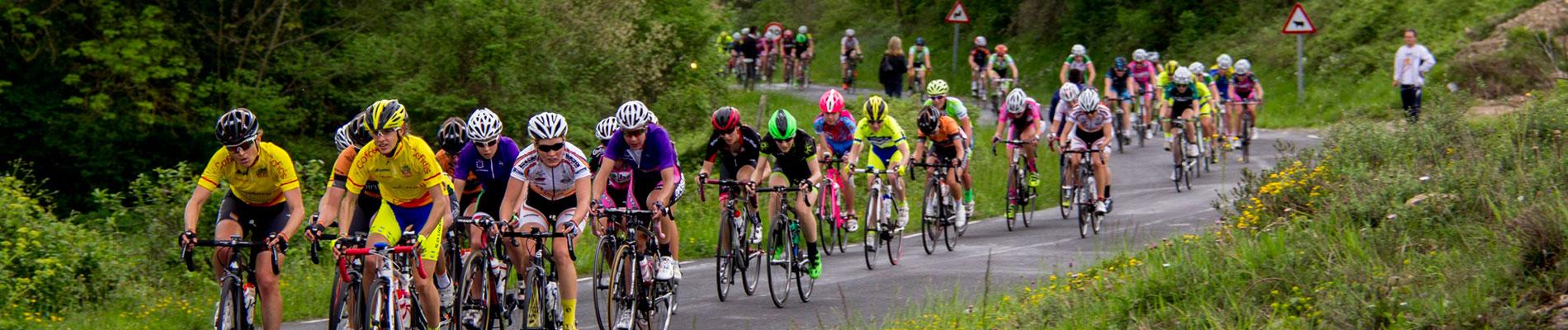 Pelotón de la Vuelta a Burgos 2015. Foto © Vuelta a Burgos