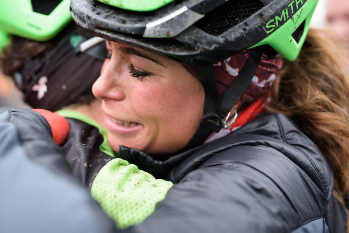 Sheyla, emocionada tras la victoria en Le Samyn,. Foto © Cylance / Velofocus