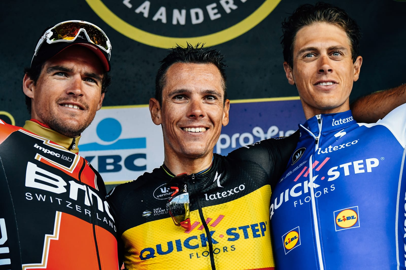 El podio final, con Gilbert, Van Avermaet y Terpstra. © Bettini Photo