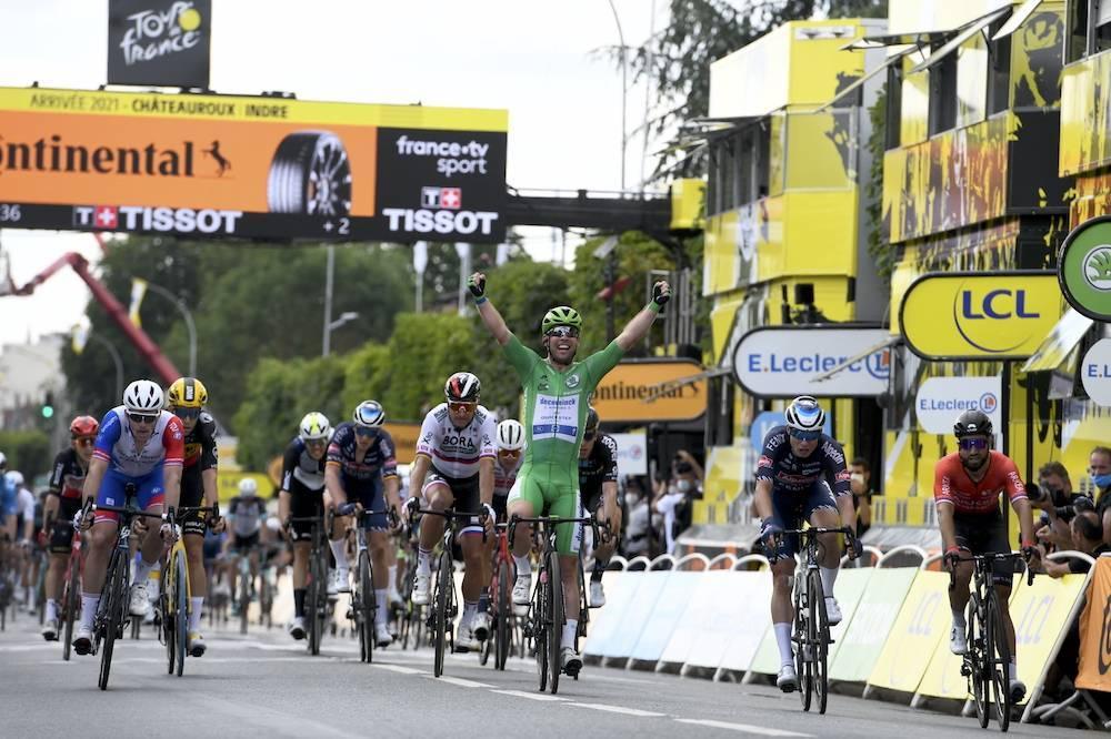 Cavendish celebra su doblete en Châteauroux (Foto: letour.fr)