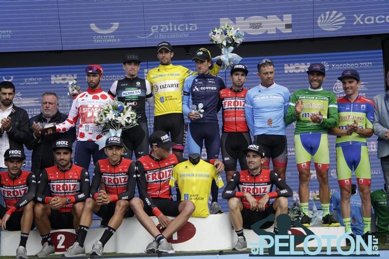 Podium final de la Volta a Galicia 2020 (Foto: Ciclismo El Pelotón-Álvaro García)