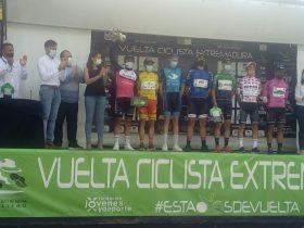 Vuelta Extremadura podium final